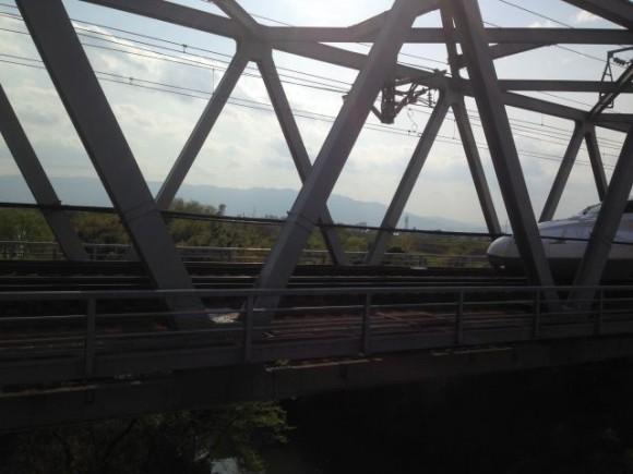 長良川にかかる羽島大橋から至近距離でN700系新幹線を連写してみた